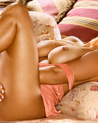 Amber Campisi bares it all