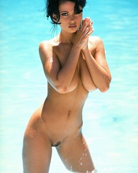 Veronica Zemanova has a body built for nude modeling